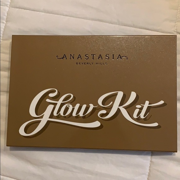 Anastasia Beverly Hills Other - Anastasia Glow kit